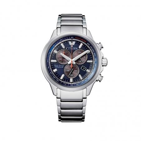 Cronografo da uomo Crono Super Titanio 2470 di Citizen.