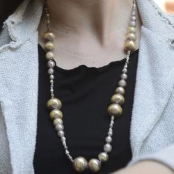 Collana Falena di Antica Murrina con perle di vetro con varie lavorazioni veneziane.