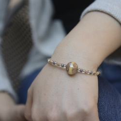Bracciale Falena di Antica Murrina con perle di vetro di Murano con varie lavorazioni veneziane.